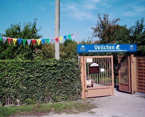 Der Eingang der Kleingartenanlage Veilchen in Erfurt