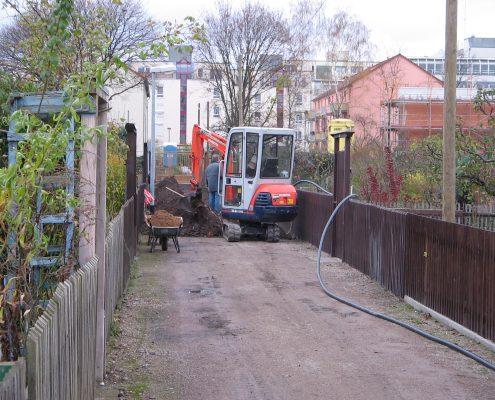 Erneuerung Wasserleitung Hauptweg zum Vereinsheim u. Leitung Garten. 44 bis 53 im Jahr 2006